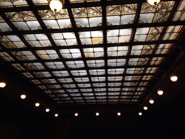 国会議事堂のステンドグラスのパネル