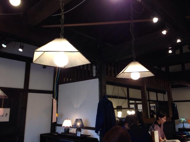 住宅用のステンドグラスの照明